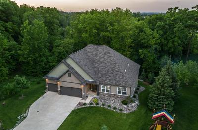 Prior Lake Single Family Home For Sale: 14142 Wilds Overlook NW
