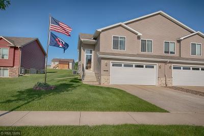 Stewartville Condo/Townhouse For Sale: 2110 Petersen Drive NW