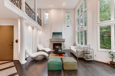 Eden Prairie Single Family Home For Sale: 8804 Flesher Circle