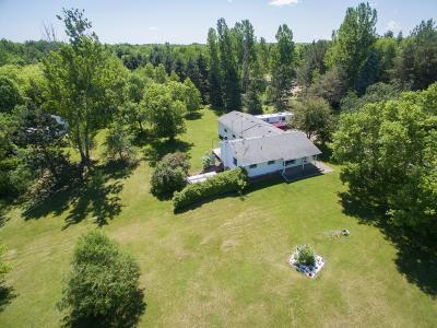 Cambridge Single Family Home For Sale: 32203 Rendova Street NE