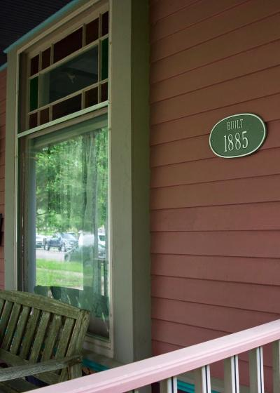Northfield Single Family Home For Sale: 115 Winona Street S