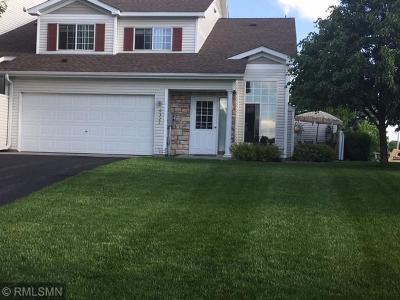 Forest Lake Condo/Townhouse For Sale: 6321 Saddlebred Way