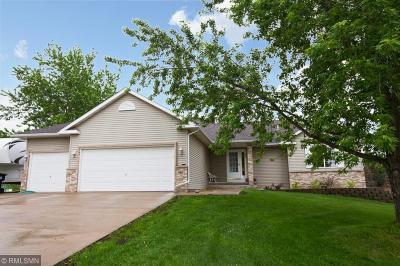 Isanti Single Family Home For Sale: 901 Wendover Street NW