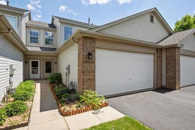 Lakeville Condo/Townhouse For Sale: 16227 Jatos Circle