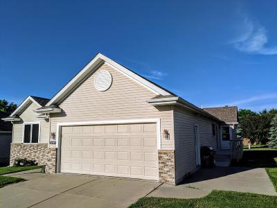 Northfield Condo/Townhouse For Sale: 2111 Park Pointe Drive