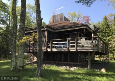 Single Family Home For Sale: 727 S Shore Road
