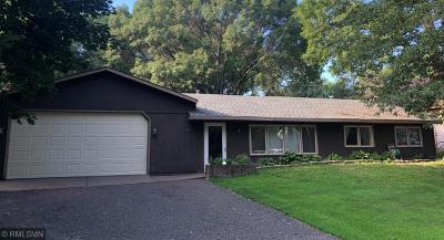 Mahtomedi Single Family Home For Sale: 271 Frankland Street