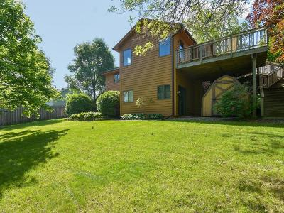 Delano Single Family Home For Sale: 1104 Maplewood Drive