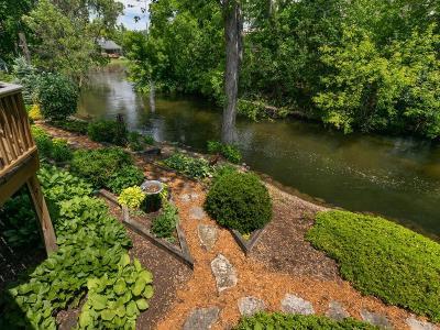 Edina Single Family Home For Sale: 5621 Woodcrest Drive