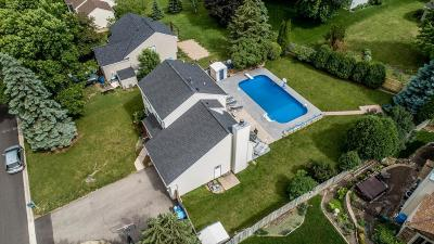 Lakeville Single Family Home For Sale: 17225 Idlewood Way