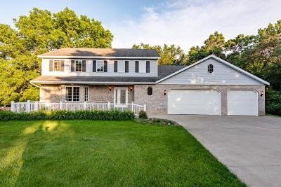 Rochester, Rochester Twp Single Family Home For Sale: 454 Carlisle Lane NW