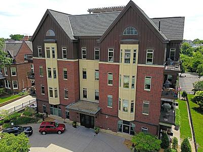 Minneapolis Condo/Townhouse For Sale: 301 Clifton Avenue #1D