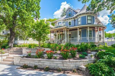 Minneapolis Single Family Home For Sale: 3125 E Calhoun Parkway