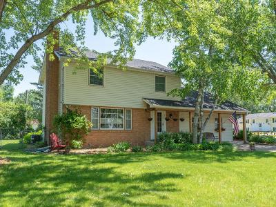 Apple Valley Single Family Home For Sale: 276 Elm Drive