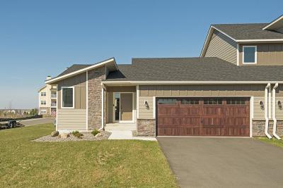 Woodbury Condo/Townhouse For Sale: 10901 Retreat Lane