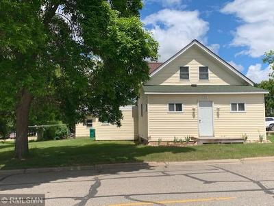 Grand Rapids Single Family Home For Sale: 901 NW 8th Street