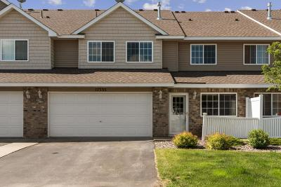 Lakeville Condo/Townhouse For Sale: 17535 Gillette Way #10075
