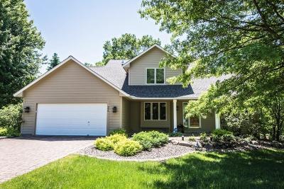 Mahtomedi Single Family Home For Sale: 296 Dahlia Street