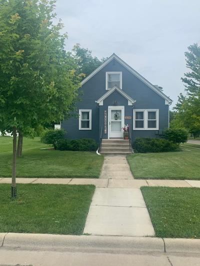 Willmar Single Family Home Contingent: 625 6th Street SW