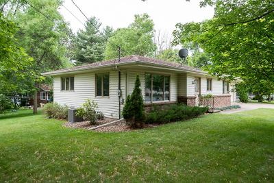 River Falls Single Family Home For Sale: 818 W Pine Street