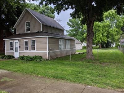 Faribault Single Family Home For Sale: 921 2nd Avenue NW