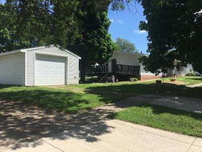 Clara City, Montevideo, Dawson, Madison, Marshall, Appleton Single Family Home For Sale: 25 W Robertson Avenue