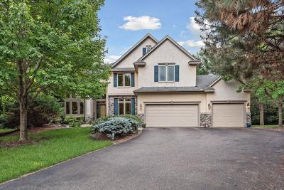 Eden Prairie Single Family Home For Sale: 8987 Bristol Hill