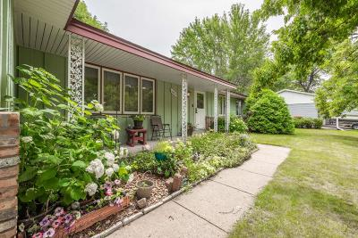Single Family Home For Sale: 10825 Crooked Lake Boulevard NW