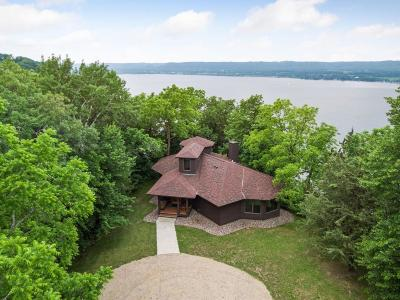 Pepin County Single Family Home For Sale: N2895 W Bluff Sou
