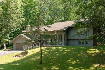 Minnetonka Single Family Home For Sale: 2913 Oak Lea Terrace