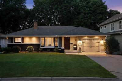 Edina Single Family Home For Sale: 5833 Oaklawn Avenue
