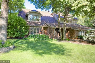 Minnetonka Single Family Home For Sale: 2717 Hidden Creek Lane