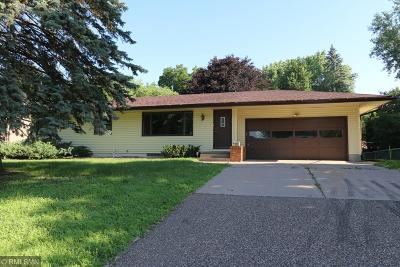 Roseville Single Family Home For Sale: 769 County Road C W