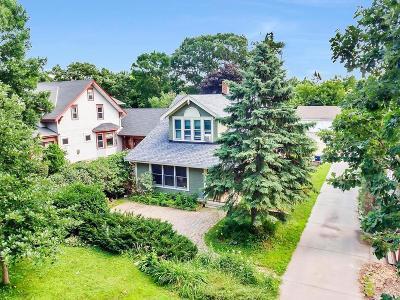 Saint Paul Single Family Home For Sale: 1642 E Shore Drive