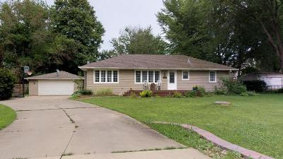 Rochester MN Single Family Home For Sale: $224,900
