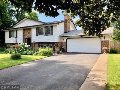 Brooklyn Park Single Family Home For Sale: 2008 76th Avenue N