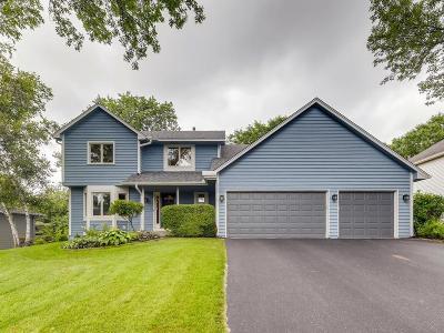 Eagan Single Family Home For Sale: 1373 Interlachen Drive