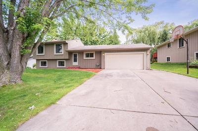 Eden Prairie Single Family Home For Sale: 9830 Garrison Way