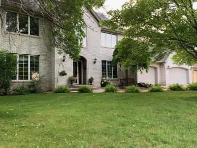 Burnsville Single Family Home For Sale: 3412 E Burnsville Parkway