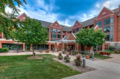 Roseville Condo/Townhouse For Sale: 500 County Road B W #119
