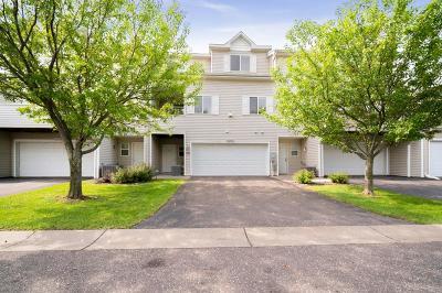 Woodbury Condo/Townhouse For Sale: 8620 Savanna Oaks Bay #C