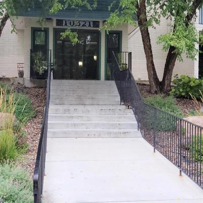 Minnetonka Condo/Townhouse For Sale: 10521 Cedar Lake Road #403