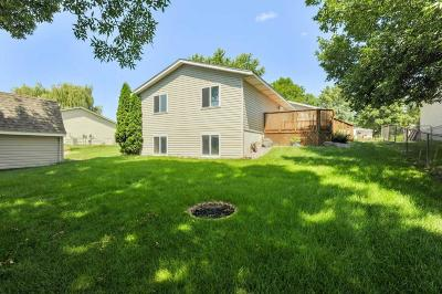 Single Family Home For Sale: 5210 Starling Drive