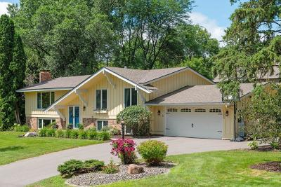 Minnetonka Single Family Home For Sale: 15050 Willowood Drive