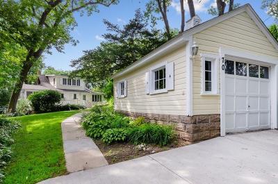 Mahtomedi Single Family Home For Sale: 70 Pine Street
