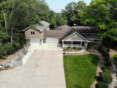Burnsville Single Family Home For Sale: 2110 Alcana Lane