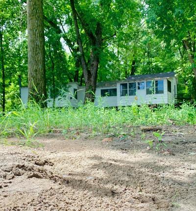 Single Family Home For Sale: 3102 Mississippi River N