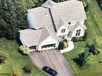 Minnetrista Single Family Home For Sale: 840 Bayside Lane
