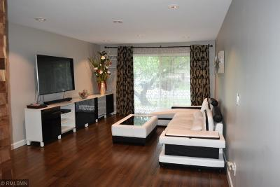 New Hope Condo/Townhouse For Sale: 2801 Flag Avenue N #122