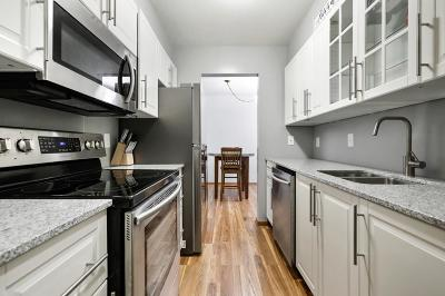 Edina Condo/Townhouse For Sale: 6315 York Avenue S #304